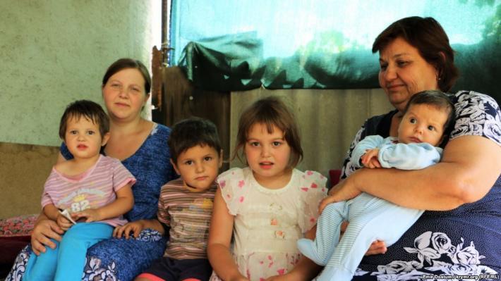 Жена, мать и дети Али Асанова