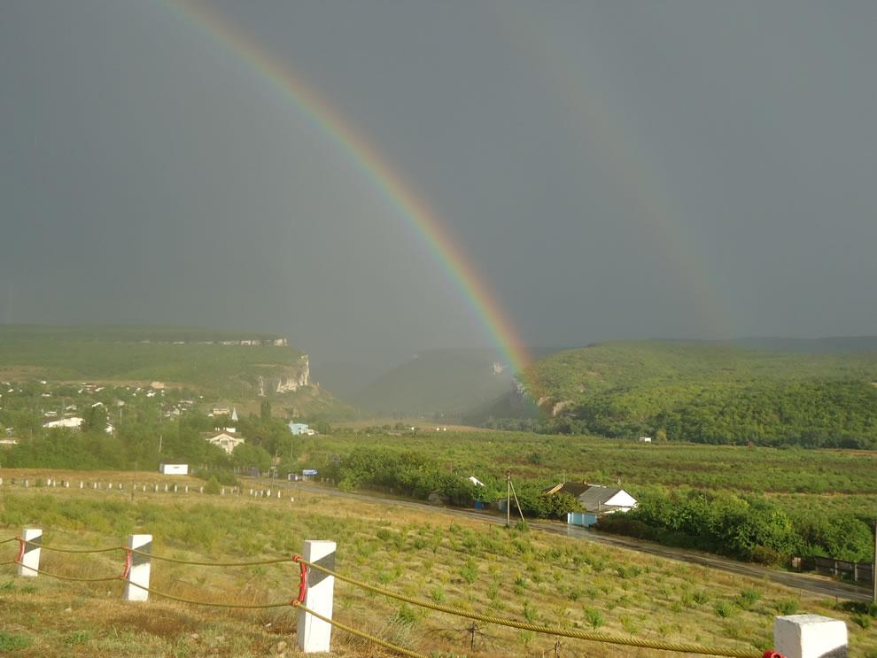 double-rainbow-over-village-tankovoe-bakhchisaray-district-crimea