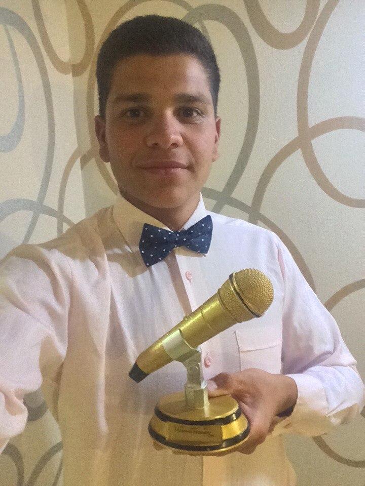 Усеинов Мамут золотой микрофон
