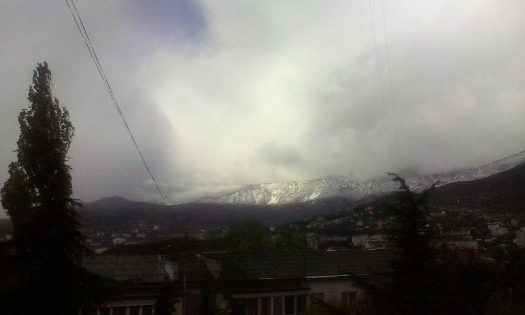 снег ялта
