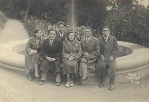 Справа налево_ Шамиль Алядин, Махсуд Сулейманов, Ибраим Паши, Юсуф Болат. Алупка, 30 октября 1937