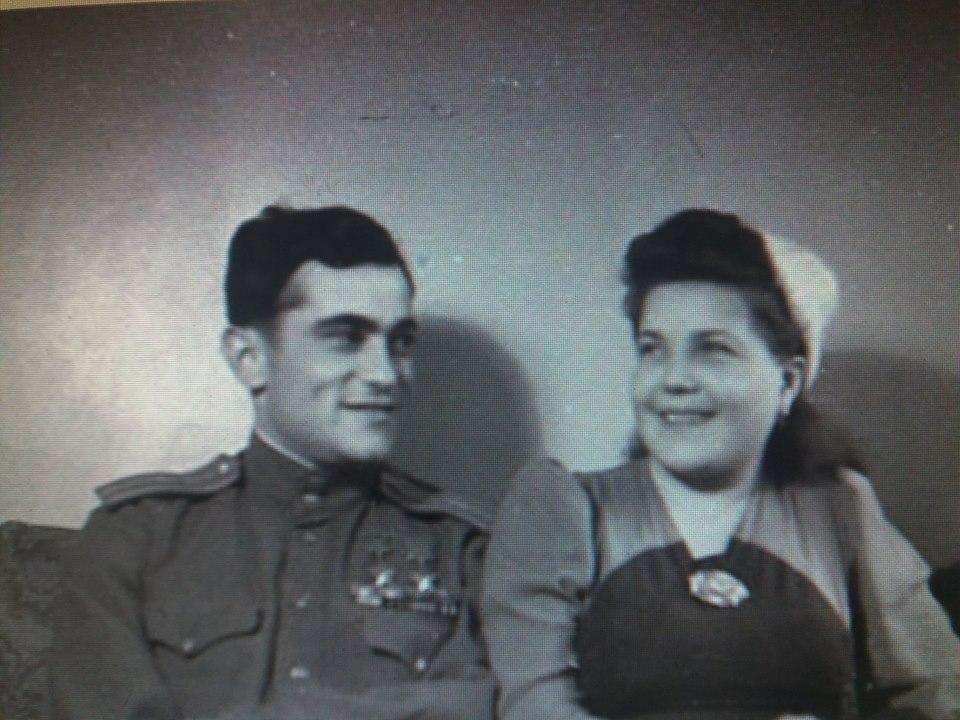 Амет-Хан Султан с супругой Фаиной Широковой