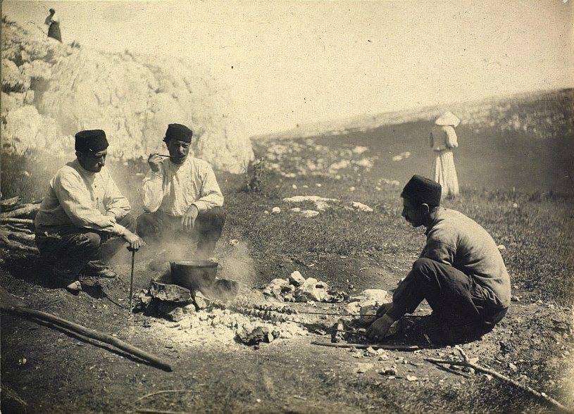 приготовление шашлыка на чатыр-даге