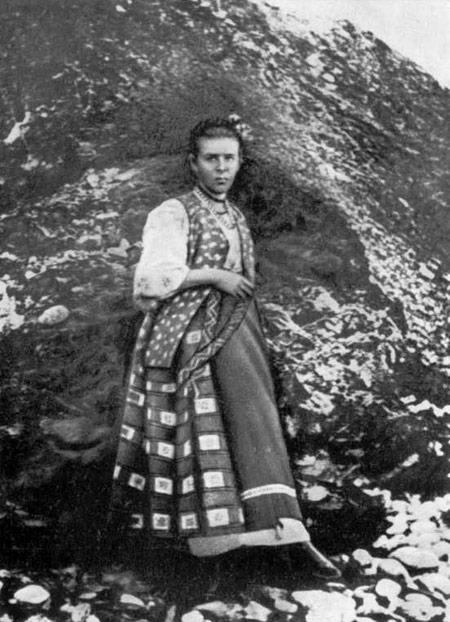 lesya-ukrainka-bila-lesbiyanka