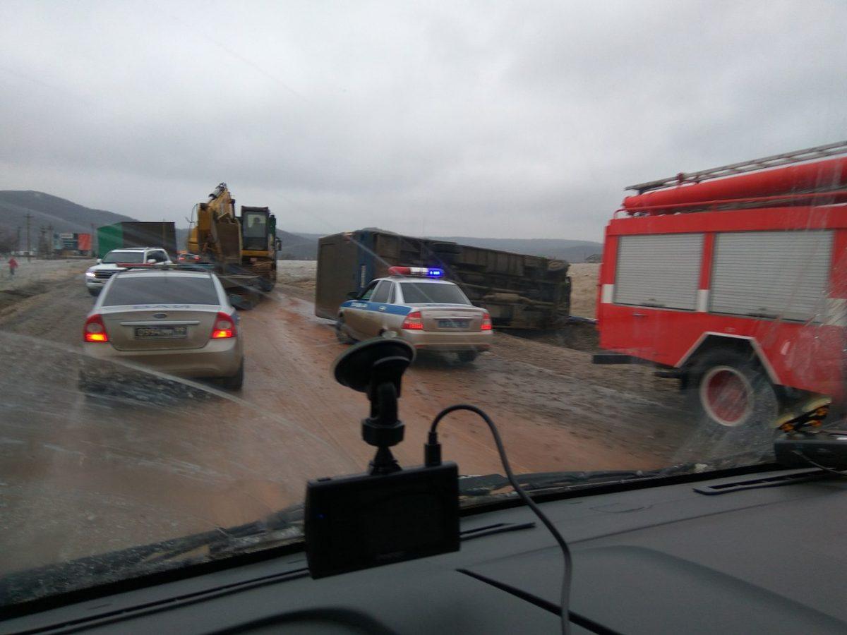 грузовики на грушевском перевале