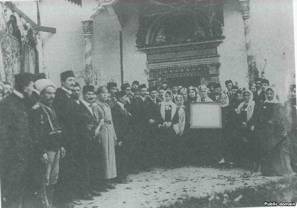 krymskie-tatarki-na-kurultae-v-1917-godu